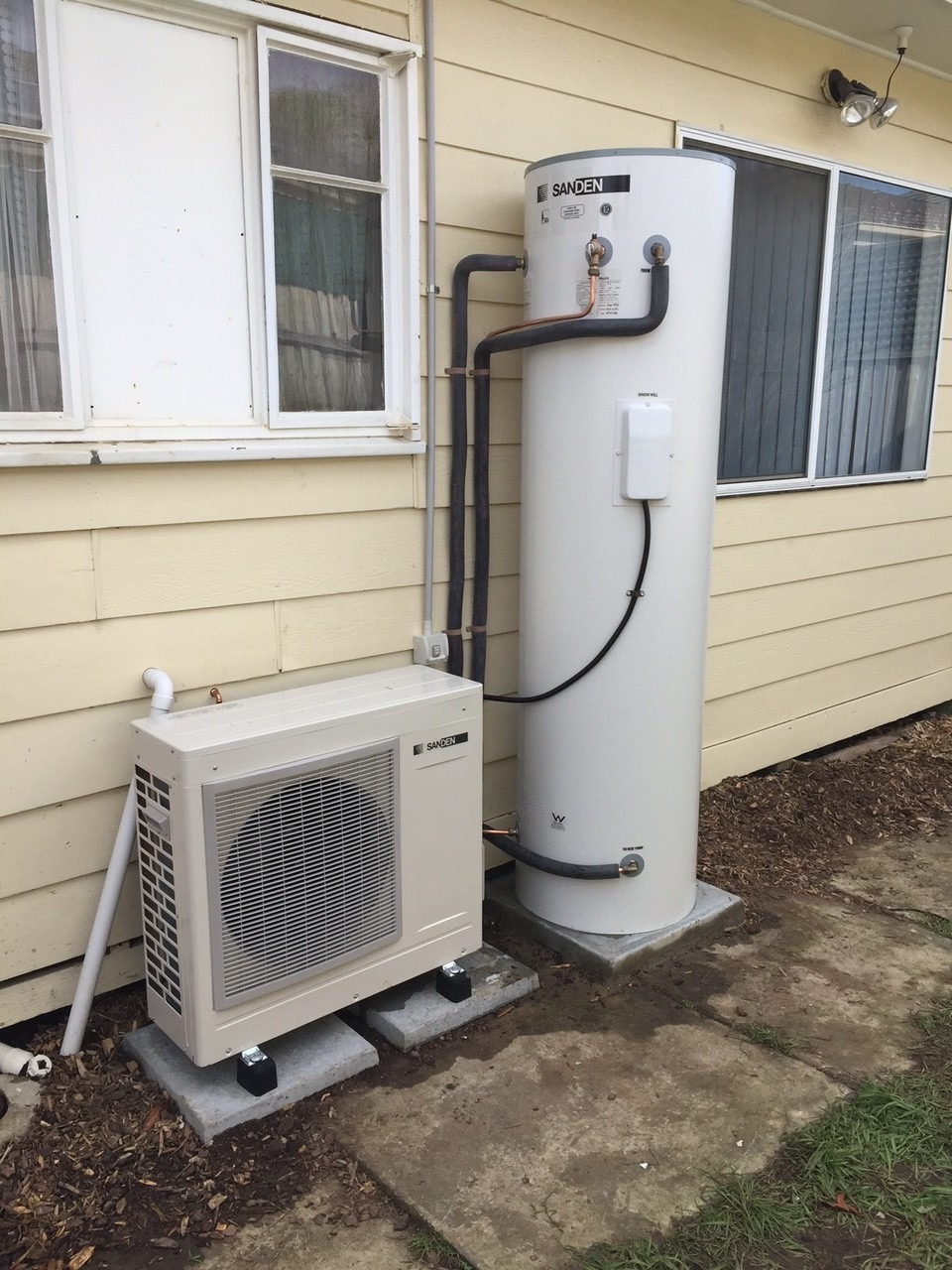 Frankston Sanden Heat Pump Installation