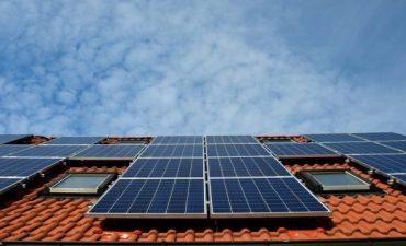 solar battery investment